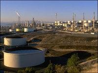 Oil_refinery_3